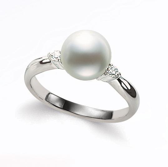 真珠は6月の誕生石